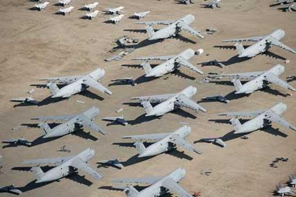 planes_cemetery_006.jpg